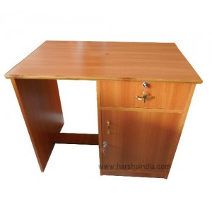 Pre Laminated Study Table